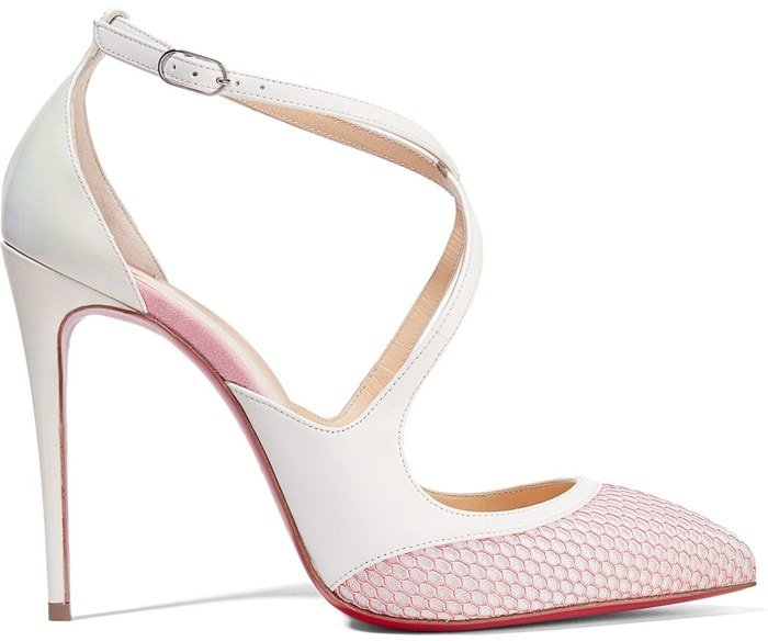 These red bottom heels have been expertly crafted from glossy patent-leather and woven fishnet