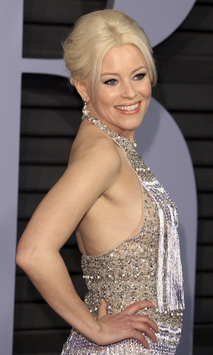Elizabeth Banks piled her blonde tresses upon her head