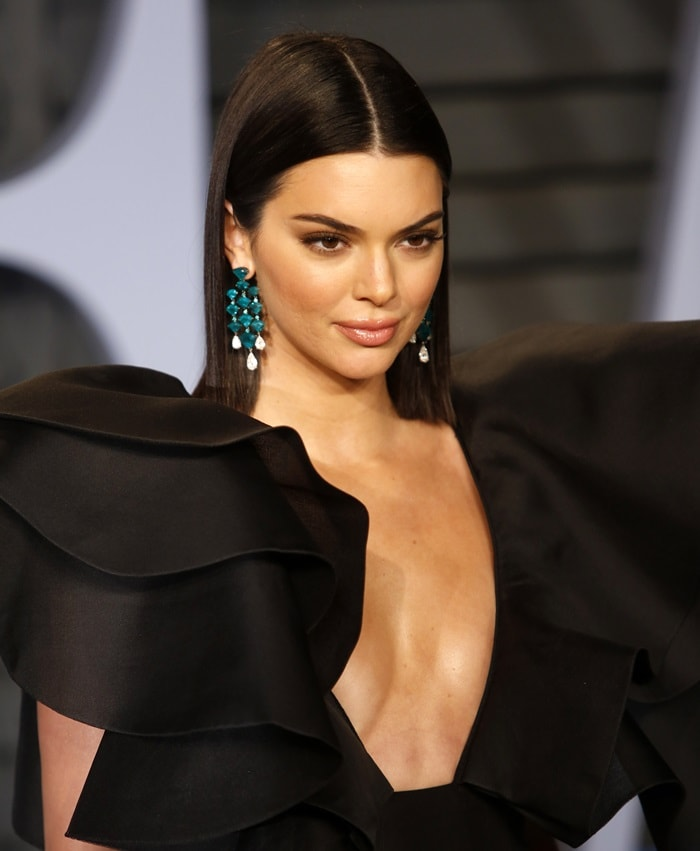 Kendall Jenner's eye-catching emerald green earrings