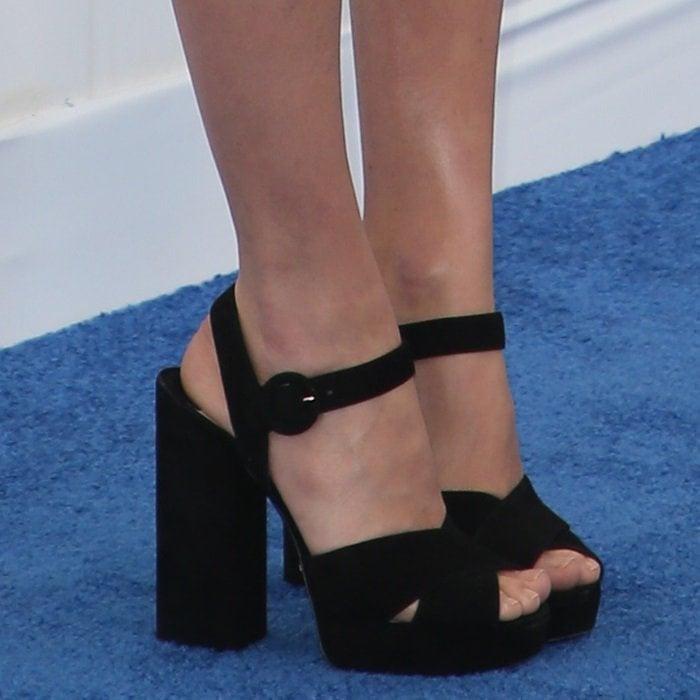 Margot Robbie's feet in Prada platform sandals