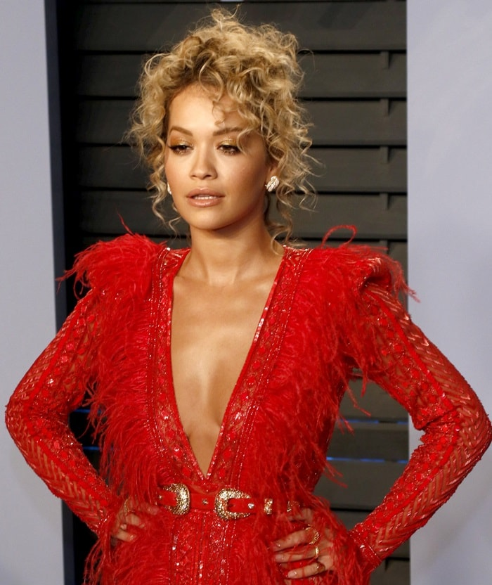 Rita Ora's eye-catching red Zuhair Murad Spring 2018 Couture gown