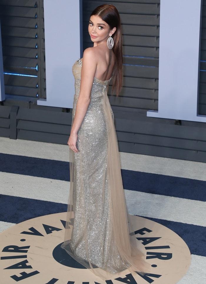 Sarah Hyland at the 2018 Vanity Fair Oscar Party