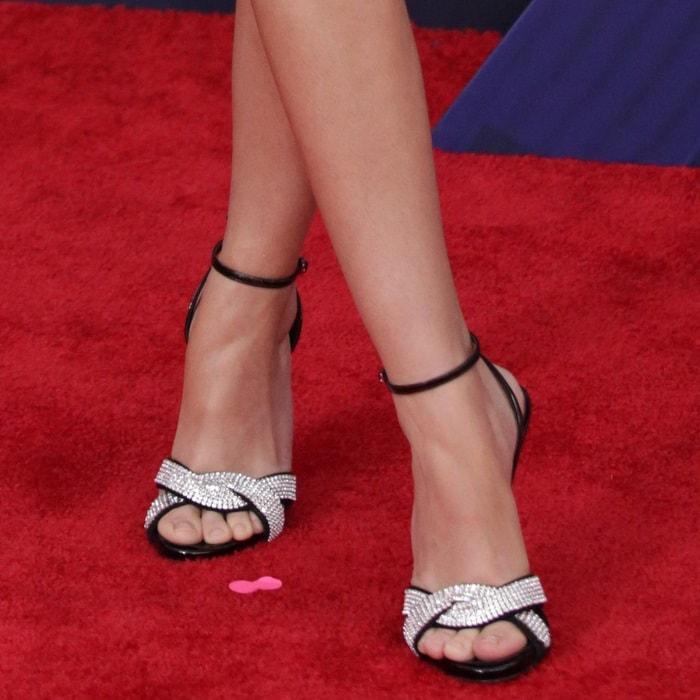 Sarah Hyland's feet inSwarovski crystal sandals from Giuseppe Zanotti