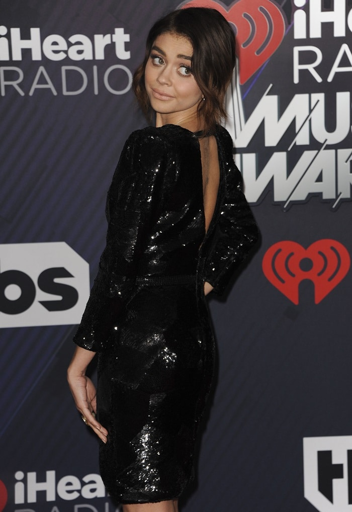 Sarah Hyland'sshimmering black mini dress fromGalia Lahav's Spring 2018 Couture collection