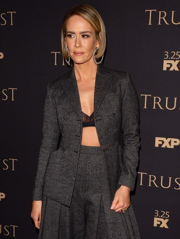 Sarah Paulson in a grey suit from theChristian Dior Fall 2017 Couture collection