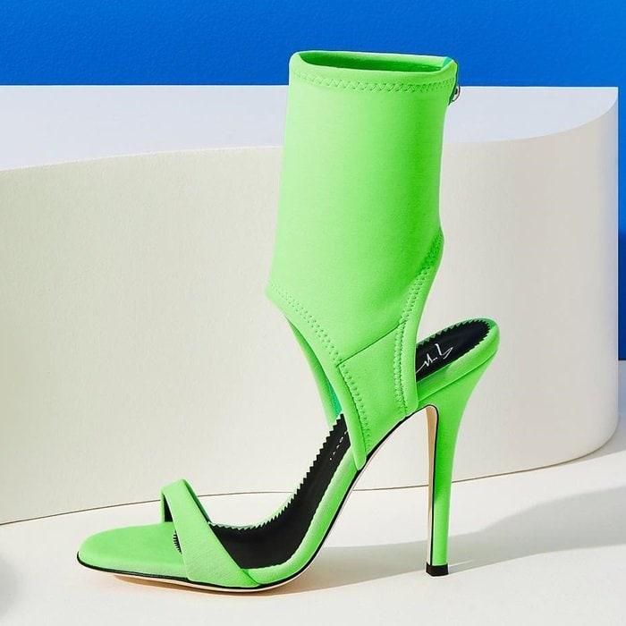 Cut-out sandal in neon neoprene
