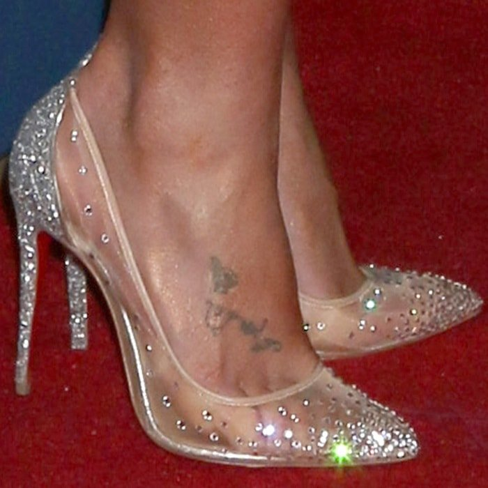 7c0a16ffe9c9 Britney Spears  feet in transparent