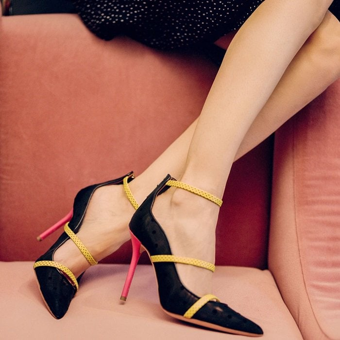 Black Mesh 'Robyn' Pointy-Toe Pumps