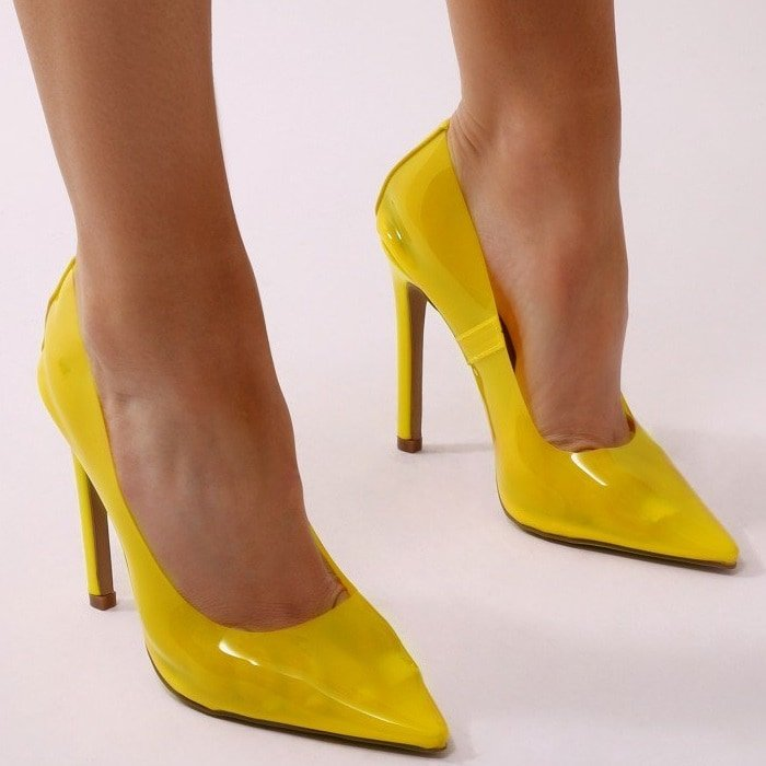 Yellwo Extra Perspex Pointy-Toe Clear Pumps