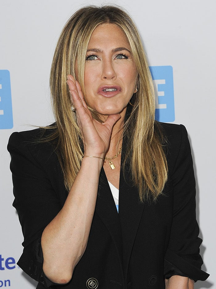 Jennifer Aniston makes her first official public appearance since divorcing Justin Theroux