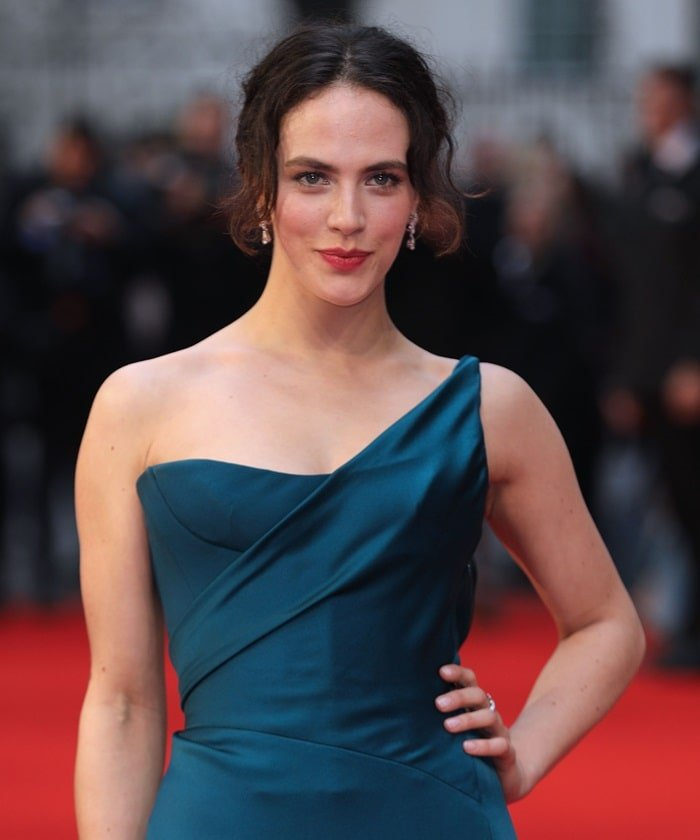 Jessica Brown Findlay's raven hair and strawberry lip