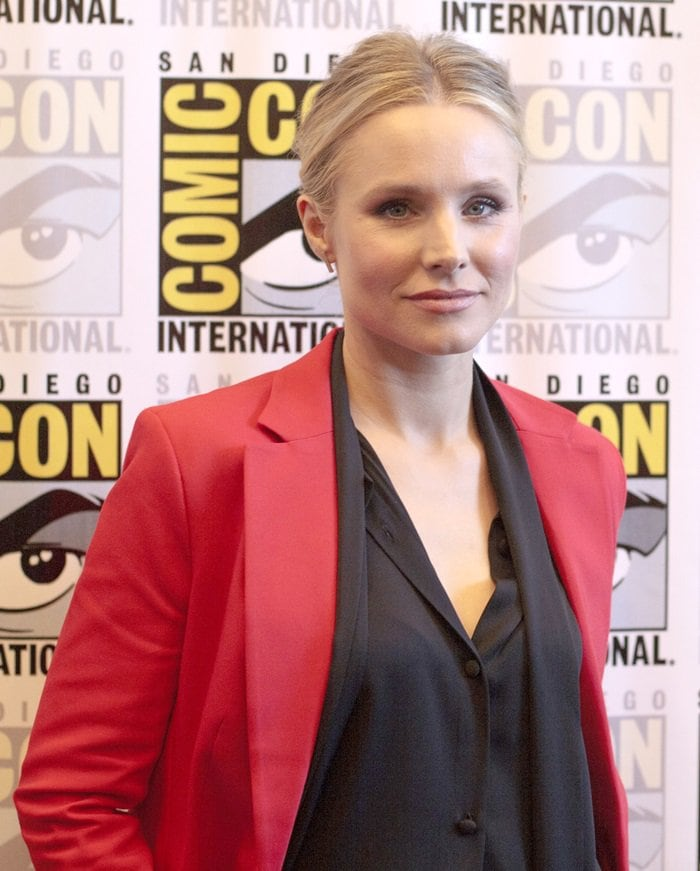 Kristen Bell wearing a Naaem Khan blouse while attending the panel discussion for 'The Good Place' at the 2018 Comic-Con at the Hilton Bayfront in San Diego, California, on July 21, 2018