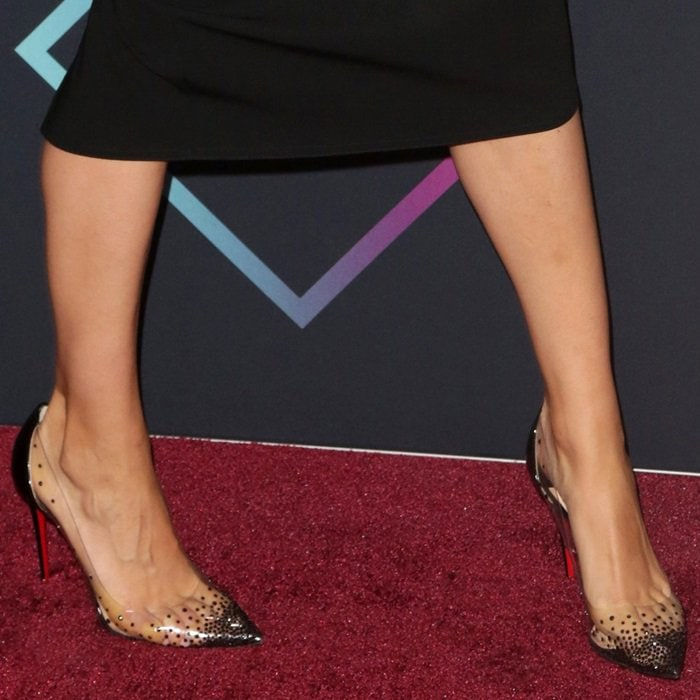 Mila Kunis shows off her perfect feet in Degrastrass pumps