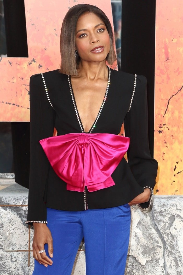 Naomie Harris' bow and crystal-embellished crepe jacket from Gucci