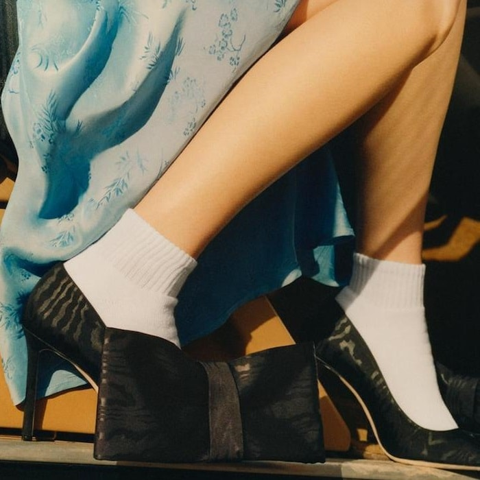Black jacquard 'Mary' bow-embellished pumps