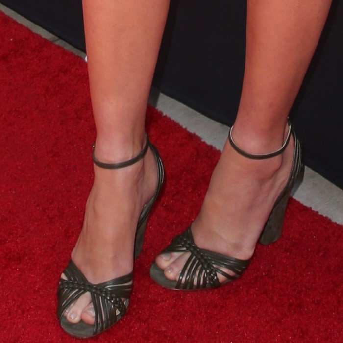 Olivia Munn's feet in 'Lilybelle' braided leather sandals