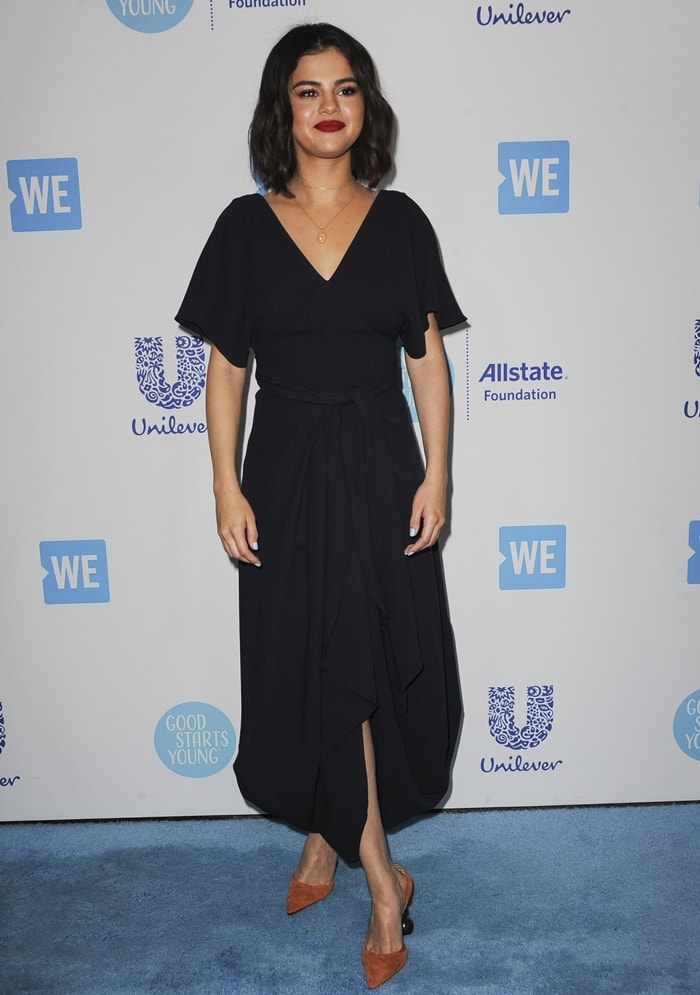 Selena Gomez ina 'Souela' curved hem dress from theJacquemus Fall 2018 collection