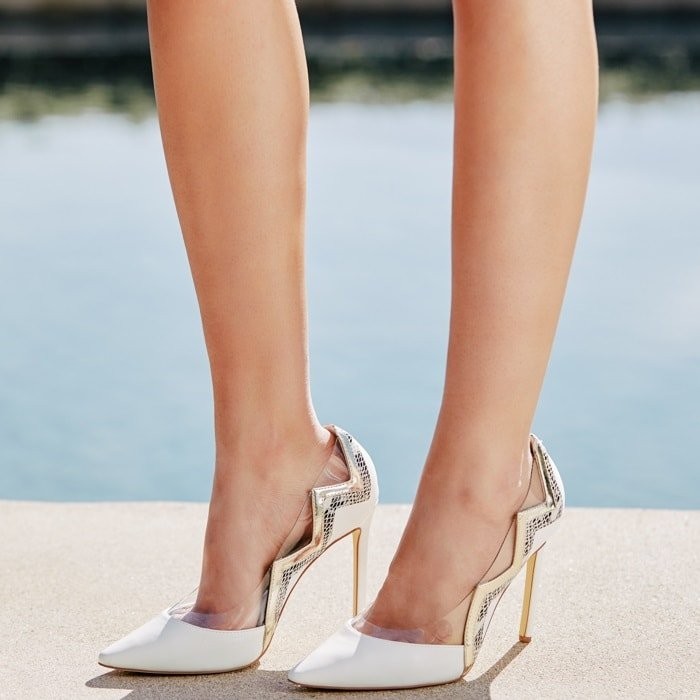 Sexy faux-leather stiletto pump with cutout design white
