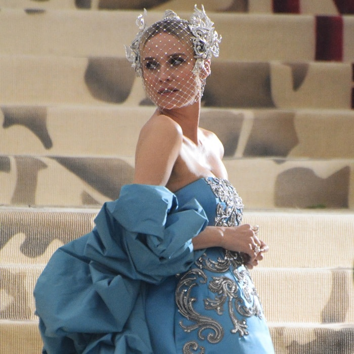 Diane Kruger wearing a celestial hair piece byPhilip Treacy
