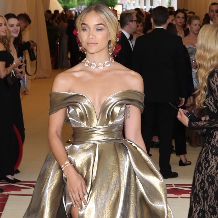 Jasmine Sanders Rocks Gold Strappy Sandals With Dual Crystal