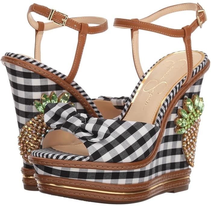 Find a tropical inspiration for any look with these crystal pineapple-embellished gingham wedges!
