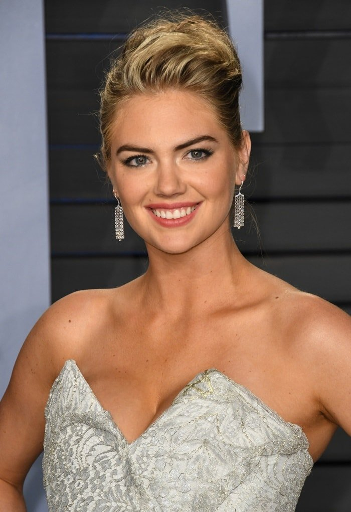 Kate Upton at the 2018 Vanity Fair Oscar Party