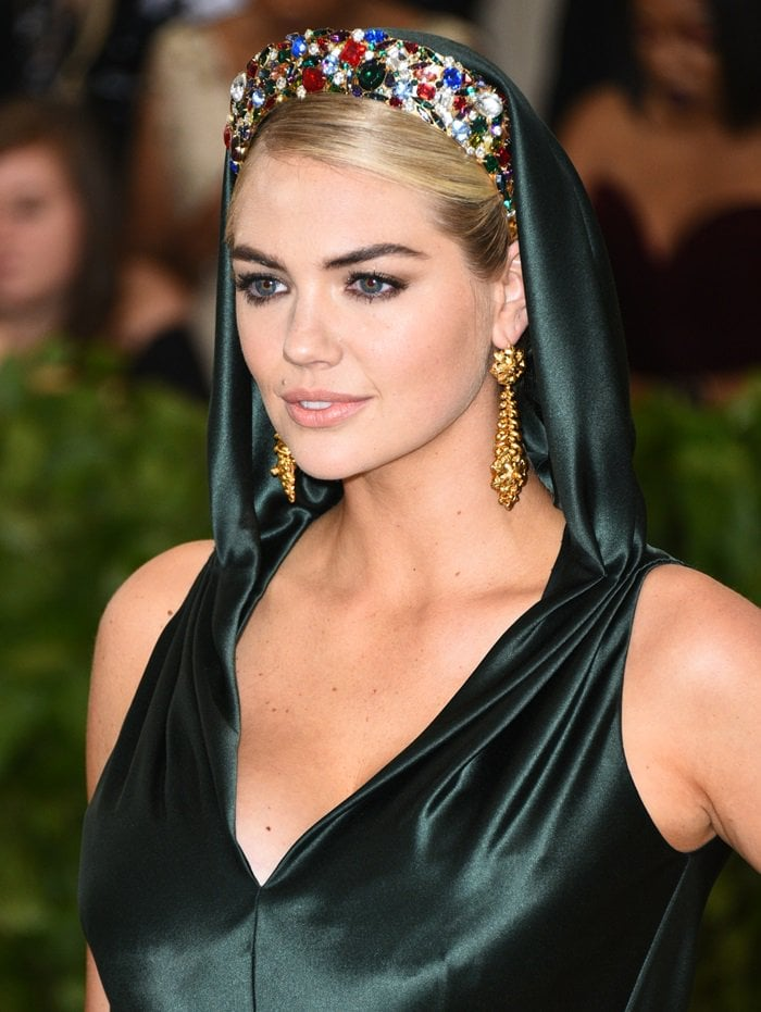 Kate Upton wearing a custom crown with nearly 300 individual crystals