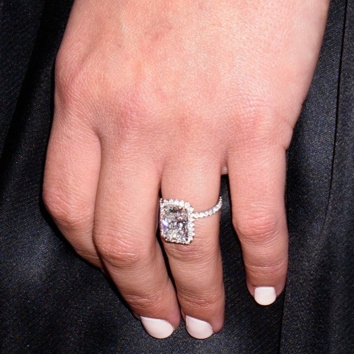 Lea Michele's engagement ring was designed by Leor Yerushalmi and The Jewelers of Las Vegas
