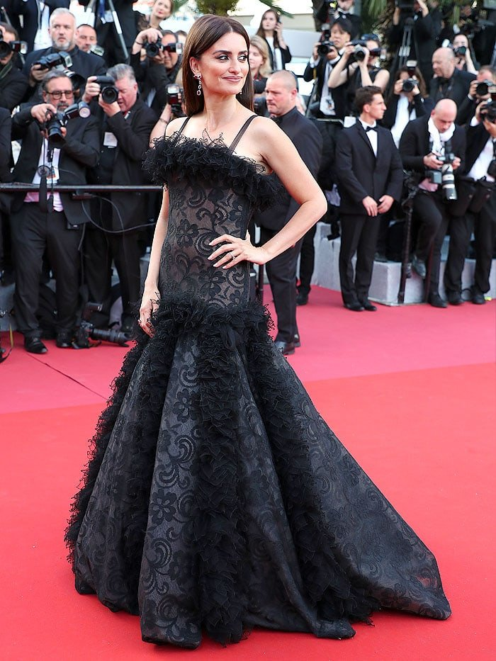Penelope Cruz in a vintage Chanel ruffled black-lace gown.