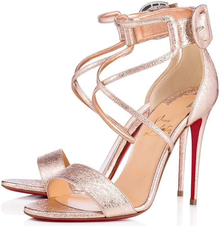 Elevated on a 100mm stiletto heel, this pair in rose gold vintage specchio leather is a luminescent beauty