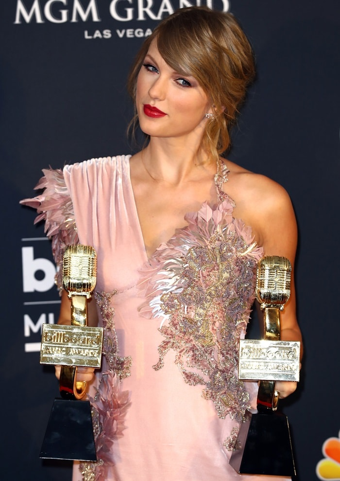 Taylor Swift won the awards for Top Selling Album for reputation and Top Female Artist