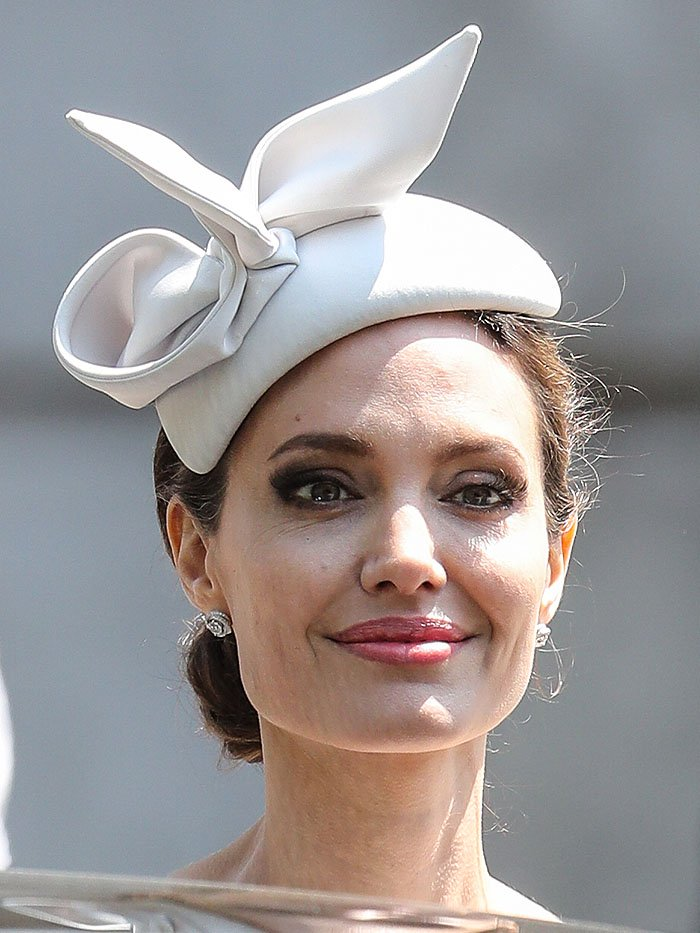 Angelina Jolie in a Ralph & Russo Couture fascinator hat