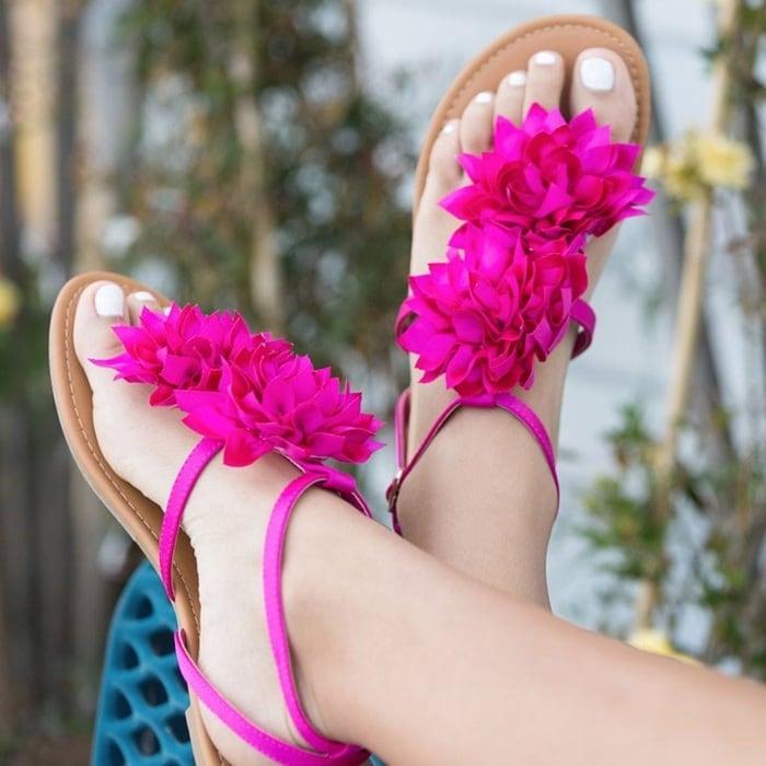 'Catelynn' Floral Flat Sandals