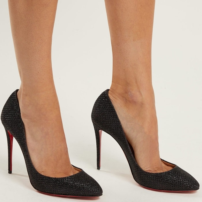 Sculpted to an elegant almond toe, they sit on a high stiletto heel and feature a low vamp for a leg-lengthening effect