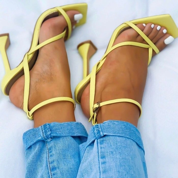 Freestyle Square Toe Pyramid Heel Yellow