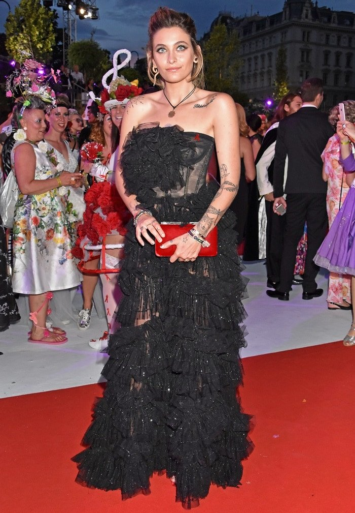 Paris Jackson rocking in a black Dolce & Gabbana Secret Show Spring 2018 gown