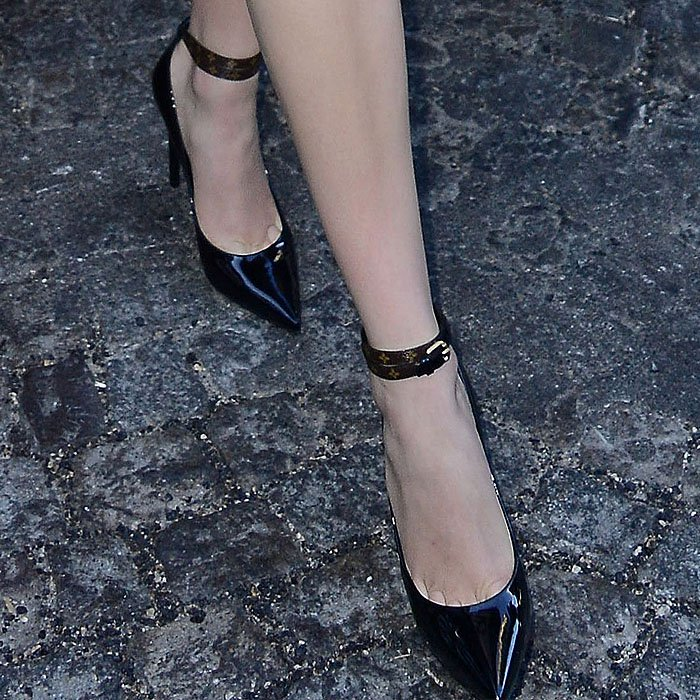 "Louis Vuitton ""Call Back"" double-ankle-strap black-patent pumps on Karlie Kloss."