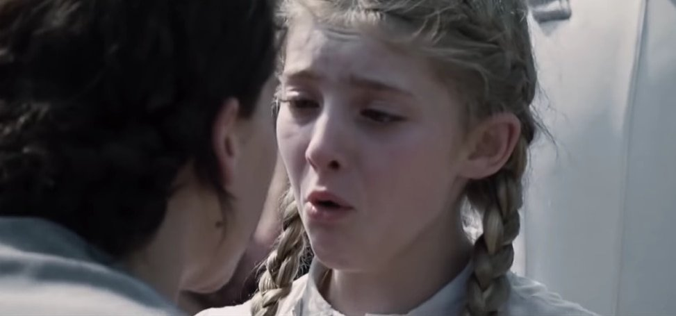 Willow Shields as Primrose Everdeen in The Hunger Games