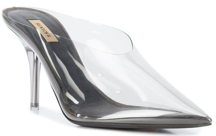 A stunning piece from Pre Season 6 detailed with a contrasting clear panel, a pointed toe, a leather branded insole, a leather sole and a clear high heel.