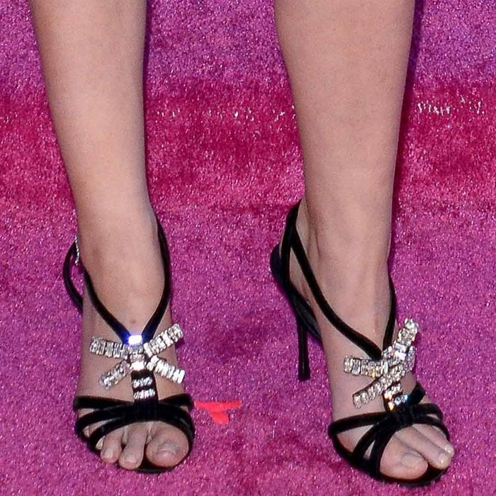 Anna Kendrick shows off her feet in diamond sandals by Roger Vivier