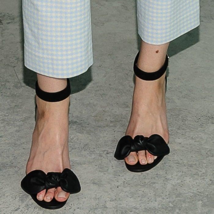 Brooklyn Decker shows off her feet inbow detail stiletto sandals fromAlexander McQueen