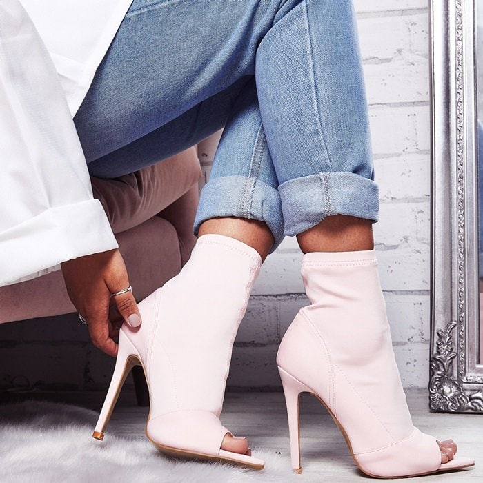 Esme takes sock boots to the next level featuring a stiletto heel, lycra finish and pointed toe detail