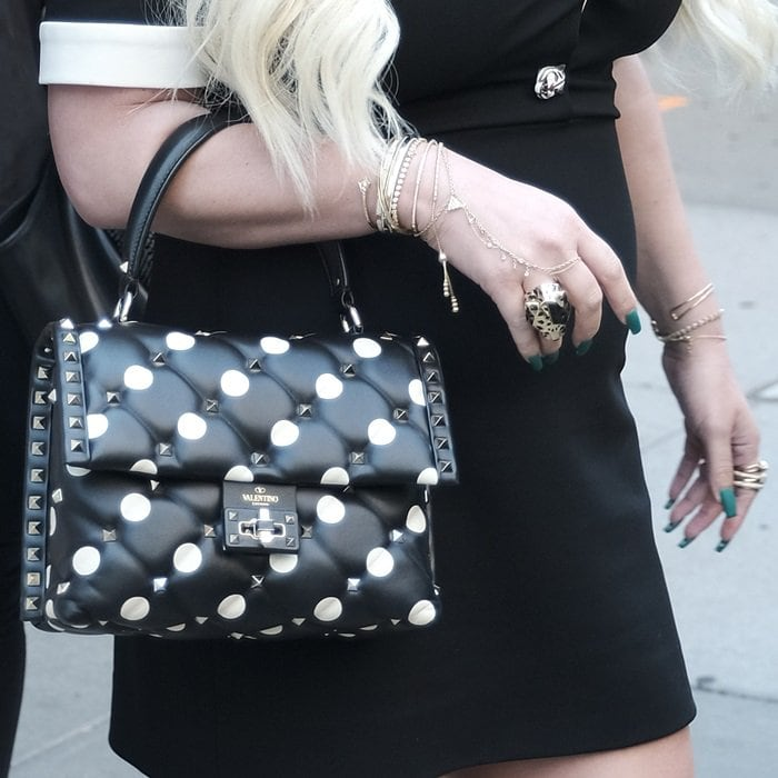 Jessica Simpson toting a Valentino Garavani Candystud polka-dot quilted leather shoulder bag