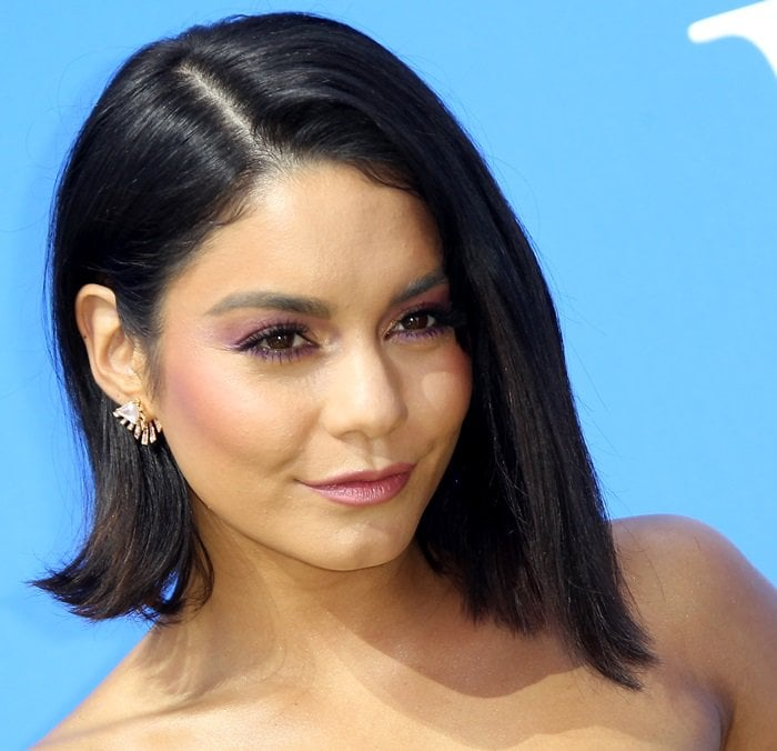 Vanessa Hudgens shows off her pink sapphire earrings from Hueb