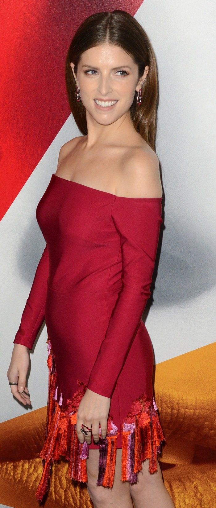 Anna Kendrick's 'Sawyer' off the shoulder dress from the Cushnie et Ochs Resort 2019 Collection