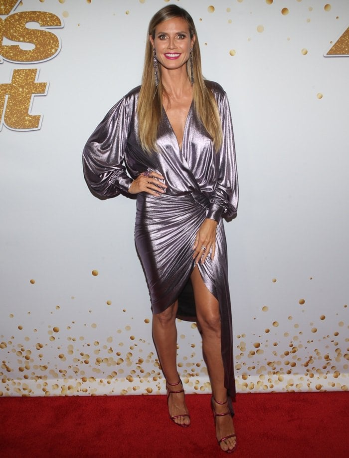 Heidi Klum worked her leggy magic in a silver Alexandre Vauthier Fall 2017 Couture dress