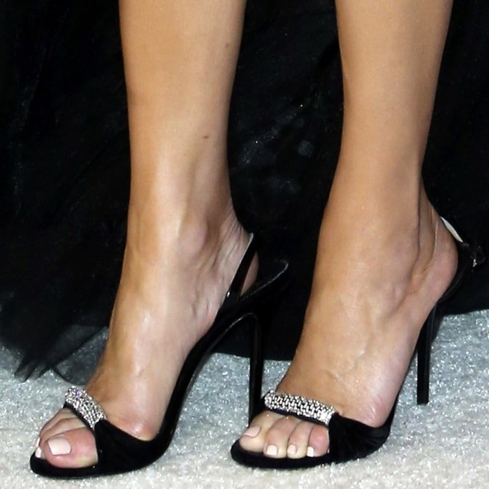 Kate Walsh showed off her hot feet in black velvet Sylvia sandals with crystals accessory