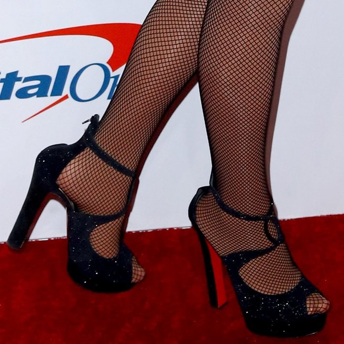 Mariah Carey's toes peeping out of her sexy heels