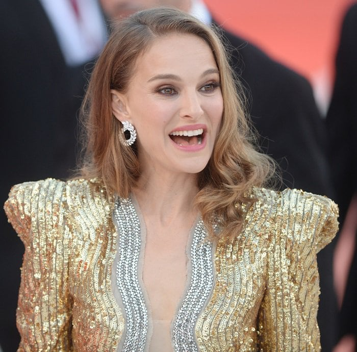 Natalie Portman accessorized with Chopard jewelry