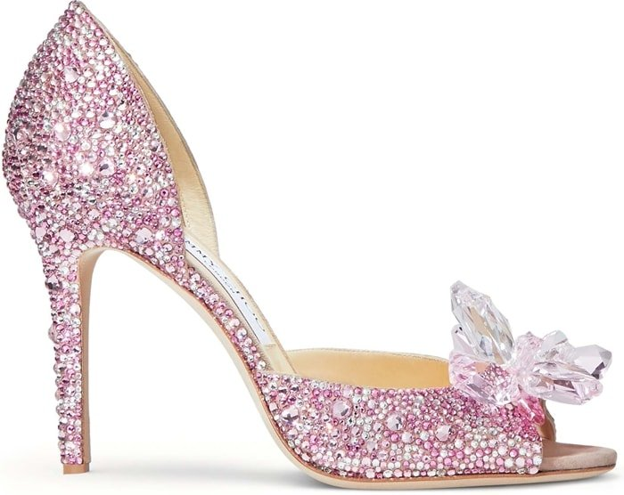 Layered from toe to heel in luxurious Swarovski crystals, the Anilla 100 is a shoe of fairy tales